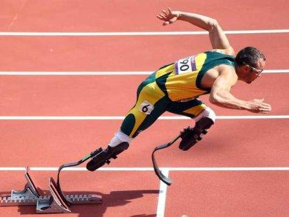 oscar-pistorius-running-in-the-olympics